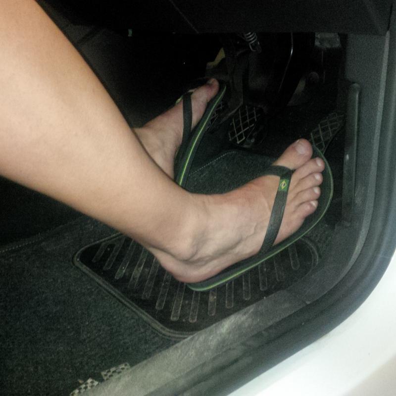 ВНИМАНИЕ – Не возете во папучи во Грција