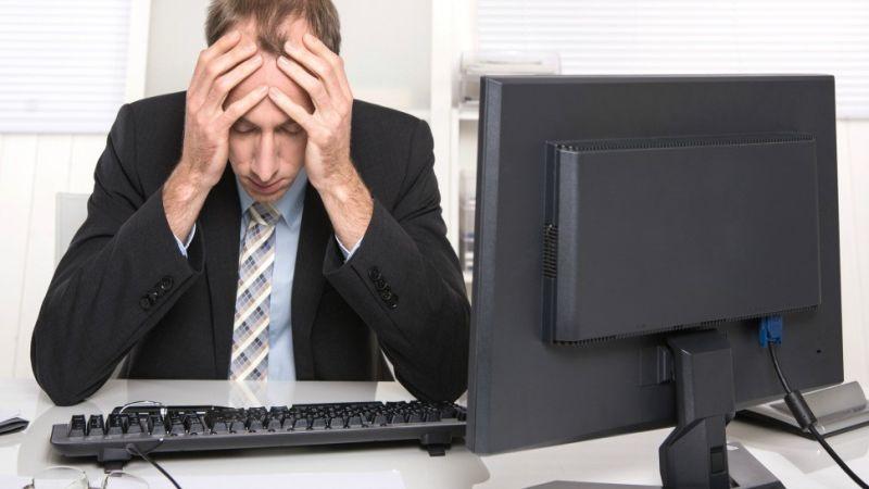 Премногу отворени прозорчиња на компјутерот влијаат негативно на расположението и на продуктивноста