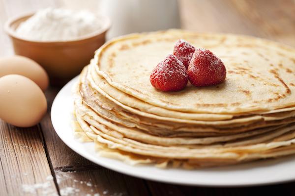 Направете меки и ровки палачинки со еден едноставен трик