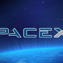 SpaceX го носи првиот патник на пат околу месечината