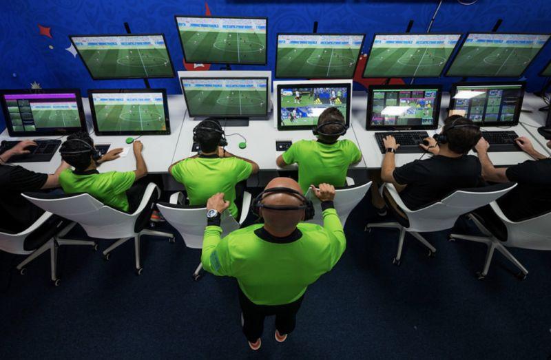 УЕФА реши да го воведе VAR системот и во Лига на шампиони