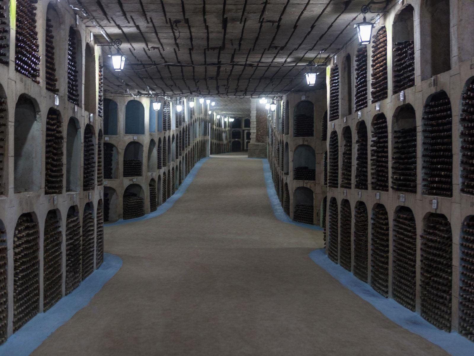 Молдавија ја има најголемата винарија во светот