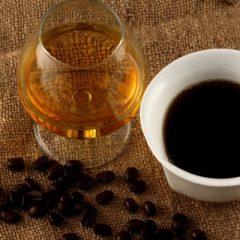Што се случува кога комбинираме кафе со алкохол