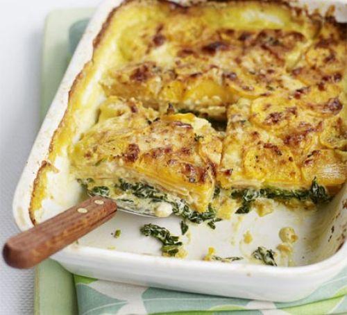Спанаќ потпечен со сирење