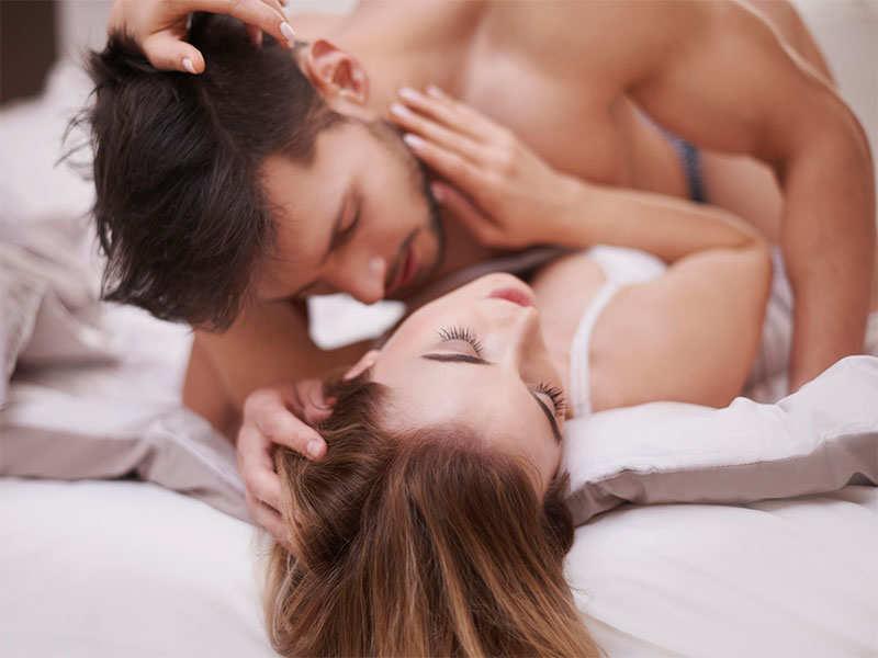 Што сакаат мажите повеќе: див секс или нежност и романтика