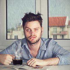 Причини заради кои се будиме уморни и без енергија
