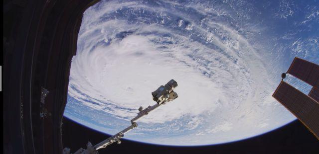 Земјата видена од вселената во 8К резолуција