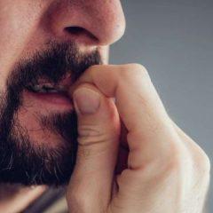 Грицкањето нокти не е само грда навика
