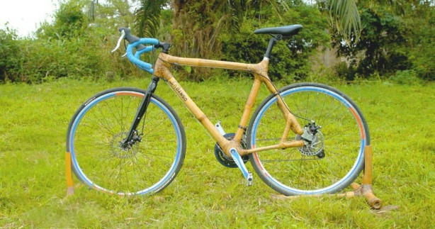 Велосипед изработен од бамбус