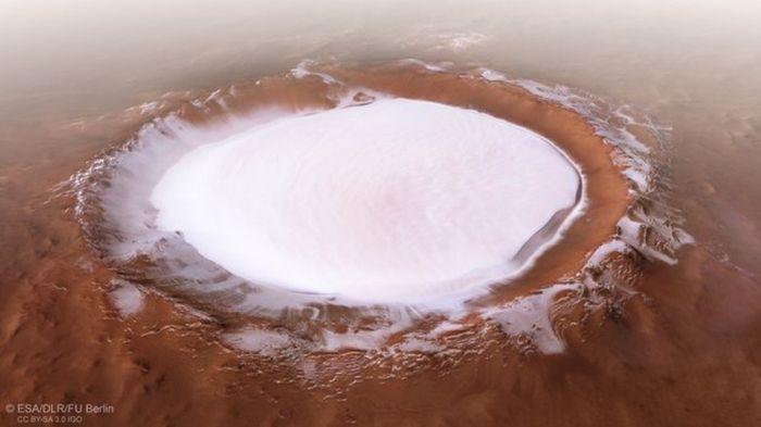 Новогодишна честитка од Марс