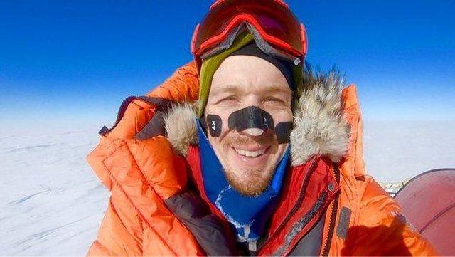 Американецот Колин О'Брејди е првиот човек што сам го поминал Антарктикот