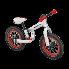 Дел од божиќната понуда со ознака AMG - балансирачки велосипед