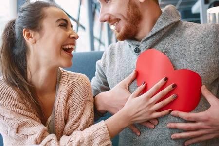 Пет машки особини што ги привлекуваат жените