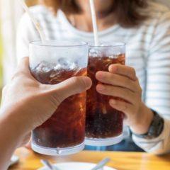 Газираните пијалаци го забрзуваат стареењето