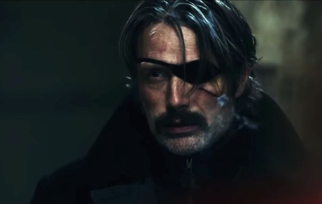 """Мадс Микелсен е најдобриот платен убиец на светот во најновиот шпионски трилер """"Polar"""""""