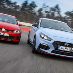 Кој е подобар тркач: Volkswagen Golf GTI TCR или Hyundai i30 N Performance?