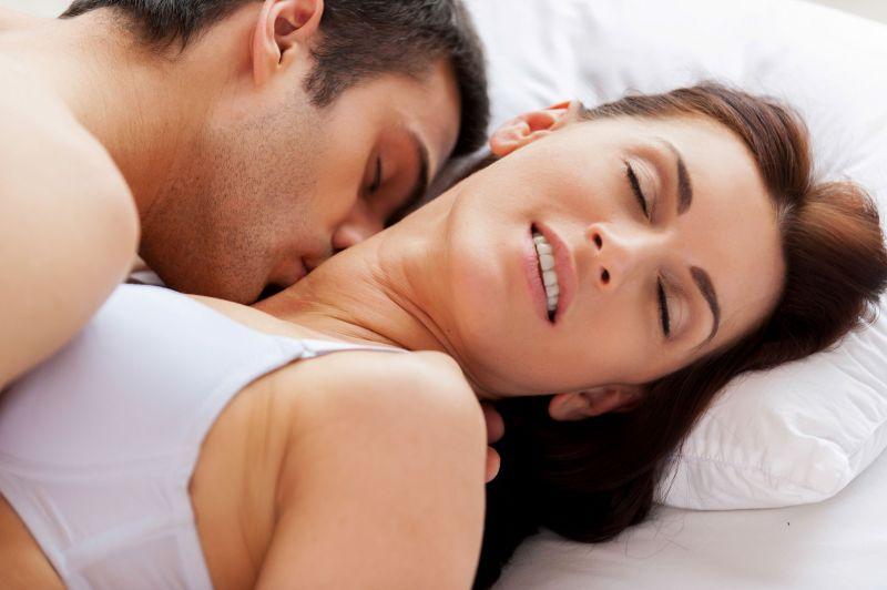 Осум сексуални фази низ кои поминуваат паровите кои се во долги врски