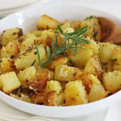 Брзи крцкави печени компири со палента