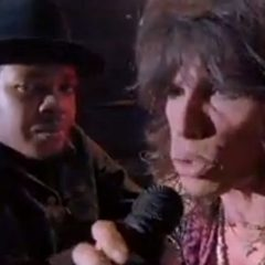RUN-DMC feat. Aerosmith - Walk This Way