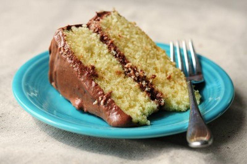 Жолта торта