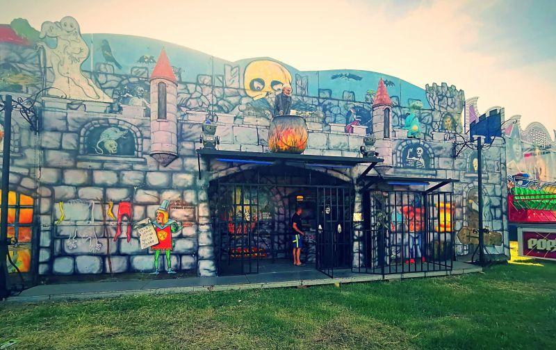Во Скопје е отворен забавен парк со адреналински атракции