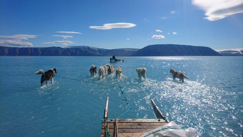 Климатските промени си го прават своето – таму каде што беше мраз, сега е вода
