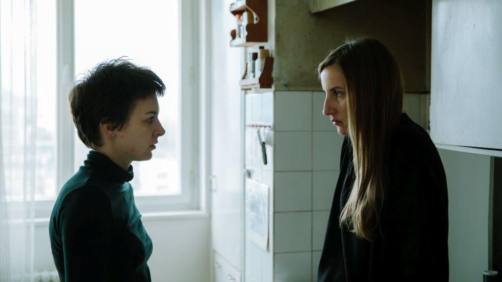 """Филмот """"Полусестра"""" на Дамјан Козоле влезе во главната конкуренција на Филмскиот фестивал во Карлови Вари"""