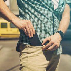 Носењето на мобилниот телефон во џеб предизвикува синдром на фантомски вибрации