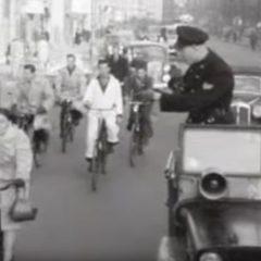 Метод што треба да се применува и денес: како се зголемувала свеста на учесниците во сообраќајот во Амстердам пред 70 години