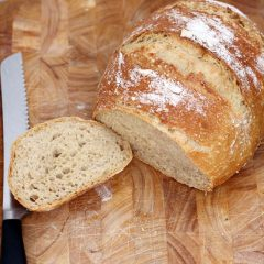 Домашен леб што не се меси
