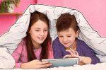 Дигиталната претпазливост им помага на родителите да ги заштитат децата од можни закани преку интернет