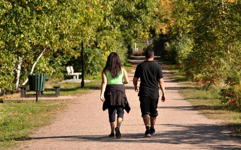 Десет изненадувачки ефекти за вашето тело од секојдневното пешачење