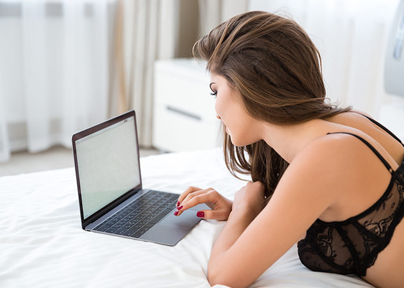 Што пребаруваат жените на веб-страниците за возрасни