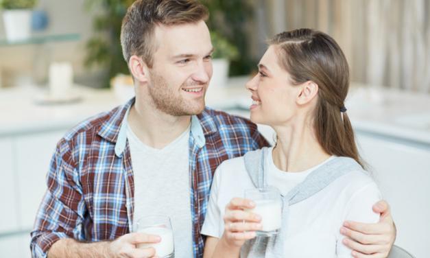 Треба ли да се вари свежото млеко?