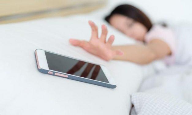 Дали сте зависни од вашиот мобилен телефон?